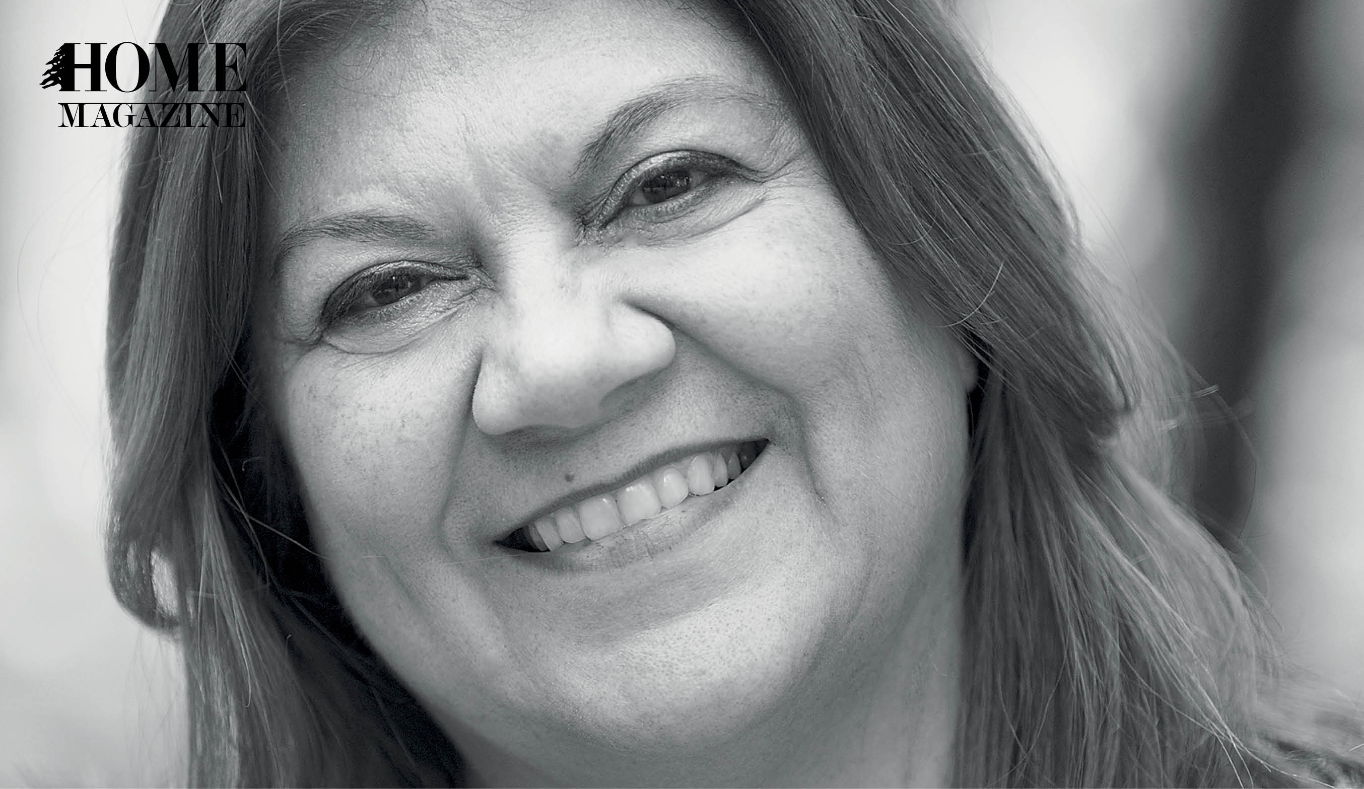 Smiling woman with straight hair